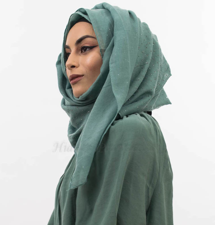 Diamante Hijab Turquoise 5 Website