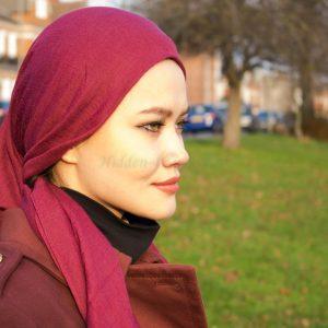 Plain Hijab Rosewood Outdoors