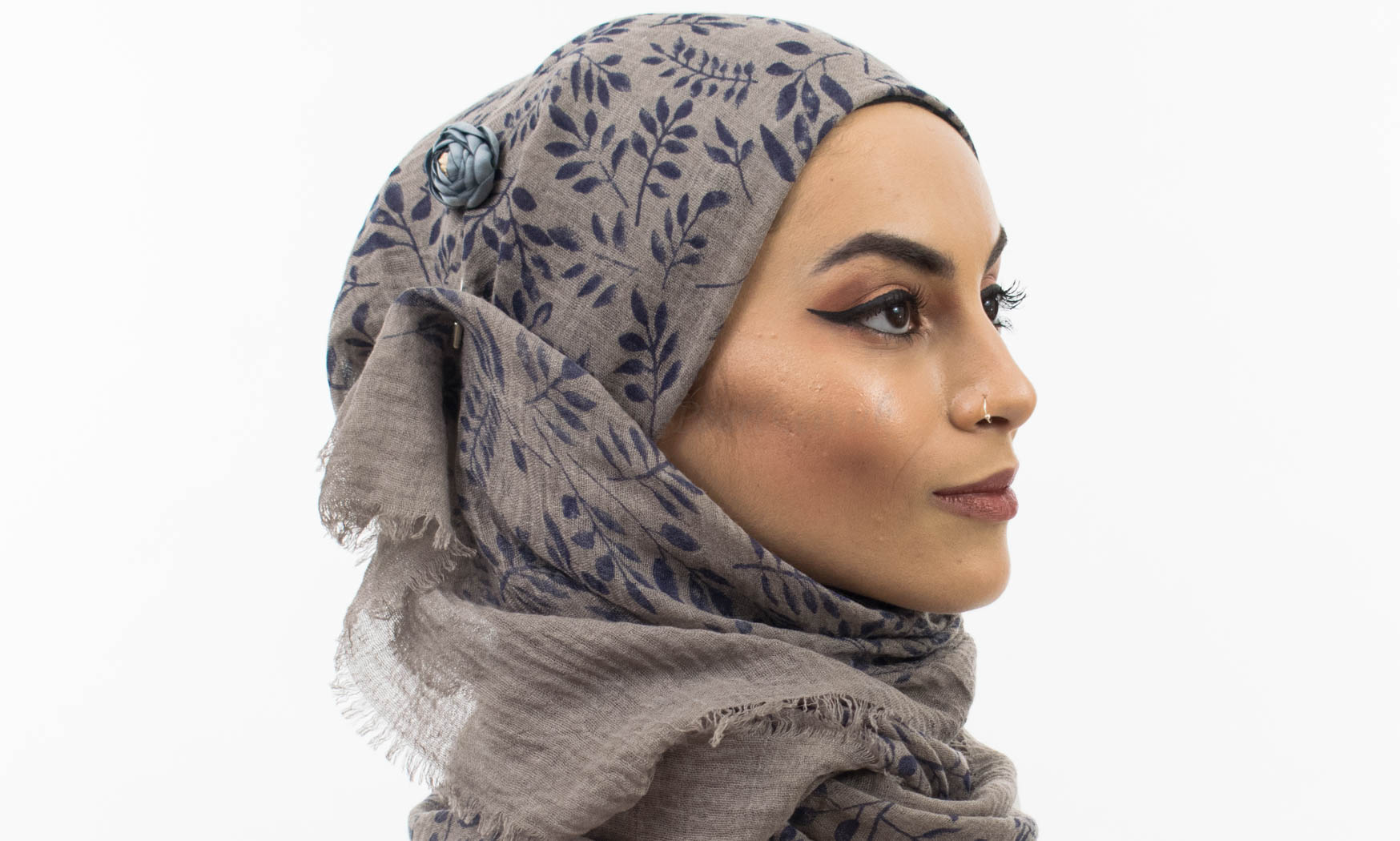 Printed Leaves Hijab Taupe Grey