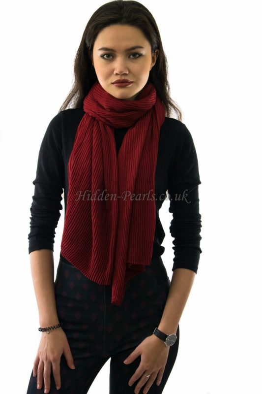 Crinkle Scarf - Cardinal Red