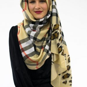 Burberry Hijab Cream 2