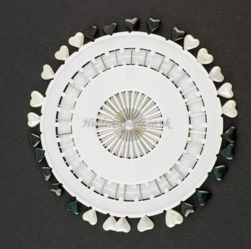 Black & White Pinwheel