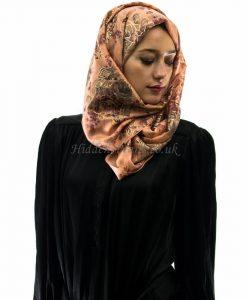 glitter rose peach hijab style