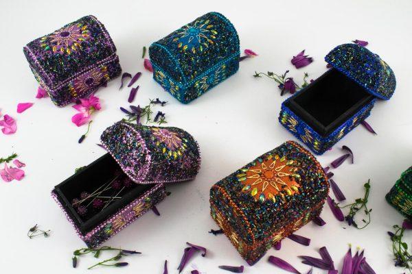 Hijab Pin Box Trinket Box - Islamic Gifts