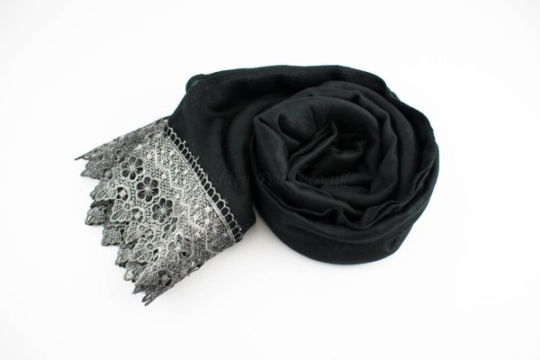 Crochet Lace Hijab Black 3