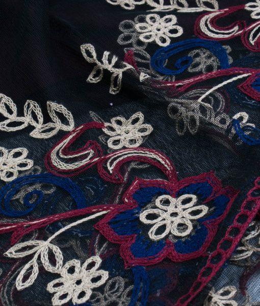 Black Vintage Lace Hijab - Close Up - Hidden Pearls