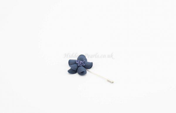 Daisy Flower Pin - Blue - Hidden Pearls