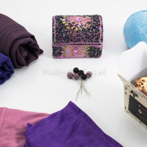 Trendy Hijabi Gift Box - Hidden Pearls.2