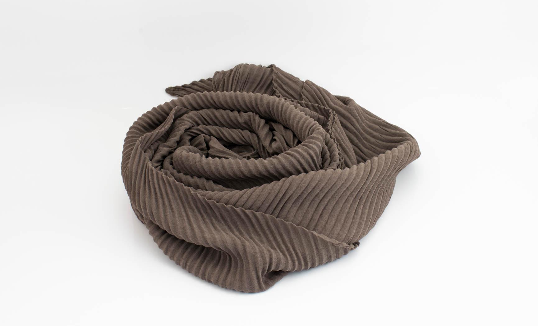 Crinkle Chiffon Hijab - Taupe Brown 2 - Hidden Pearls