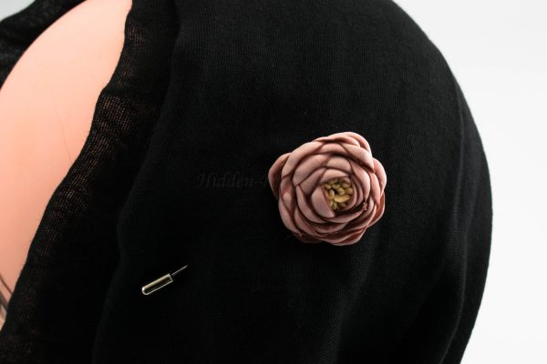 Rose Hijab Pin - Pink - Hidden Pearls