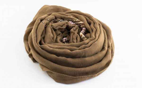 Picasso Velvet Hijab Tan Brown 2