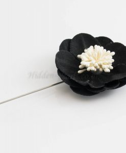 Big Petal Pins - Hidden Pearls -Black