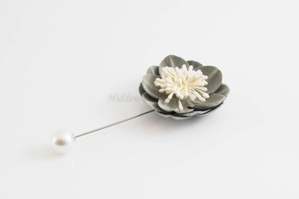 Big Petal Pins - Hidden Pearls - Green