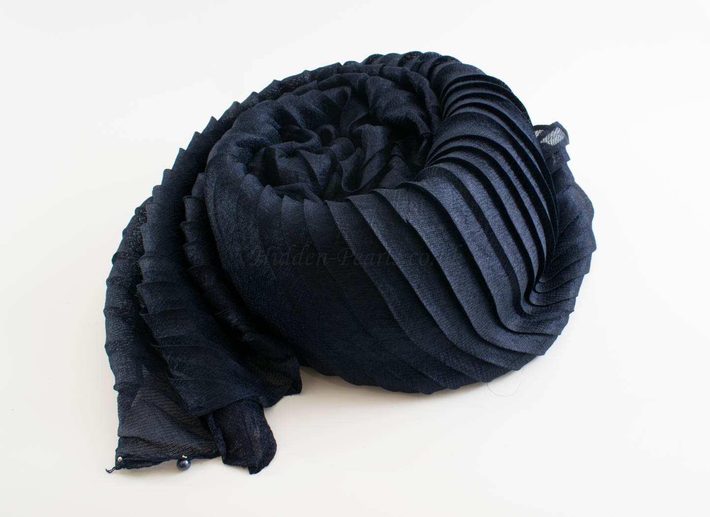 Metallic Pleated Hijab - Hidden Pearls - Midnight Blue