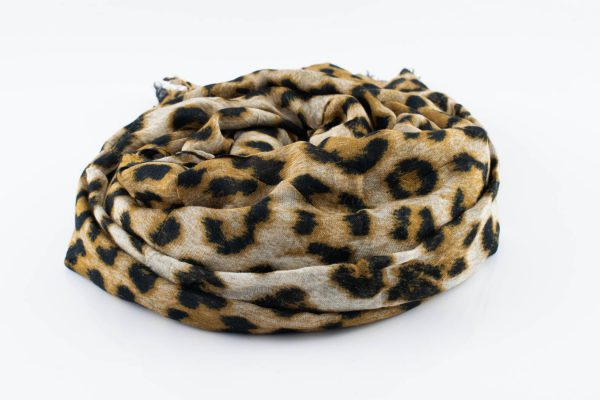 Look lovely in leopard print Brown leopard Print Hijab